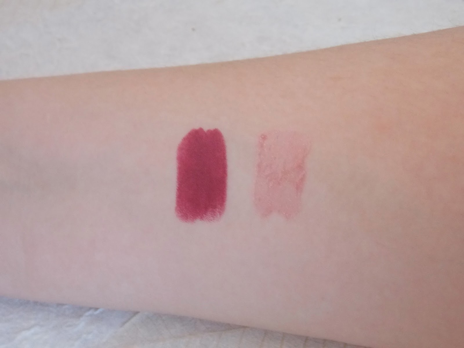 Swatches - MAC Plushglass in Power Supply and MAC Lipstick in Dark Side