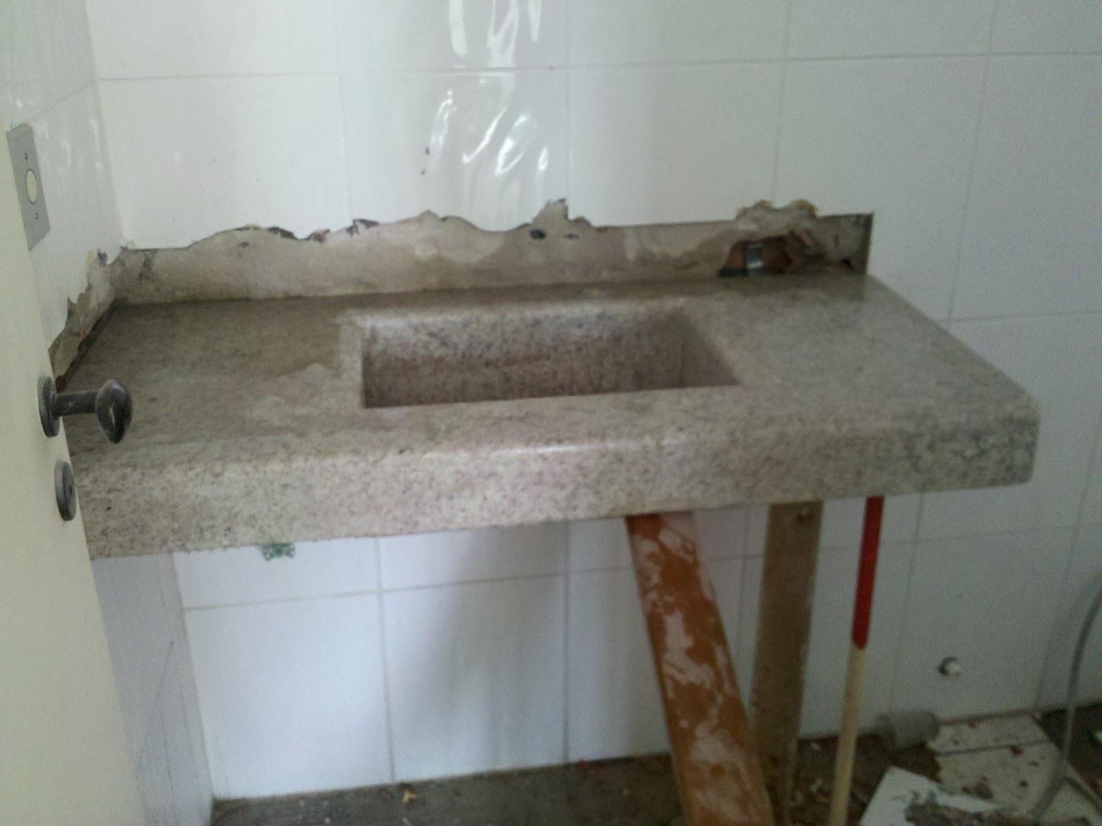 Contagem Regressiva Para Apê Novo ! O granito -> Pia De Banheiro Com Saia