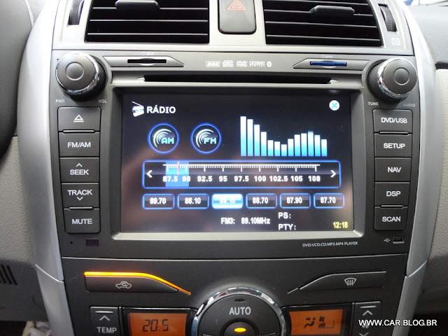 Corolla XEi 2013 2.0 Flex Automático - sistema multimídia