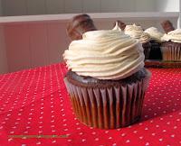 http://numstheword.blogspot.com/2013/11/gingerbread-twix-cupcakes.html