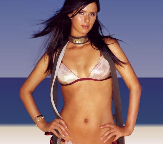 The Funtoosh Page....Have FunBath !!!: Nicky Hilton Hot