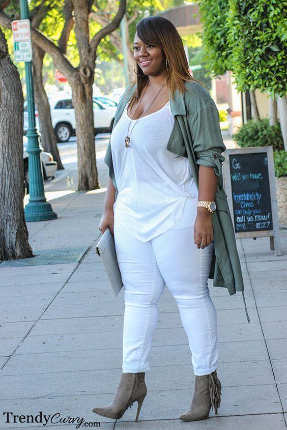 ¿Cómo combinar blusas blancas si soy gordita?
