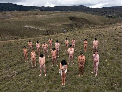 desnudos protestan en colombia