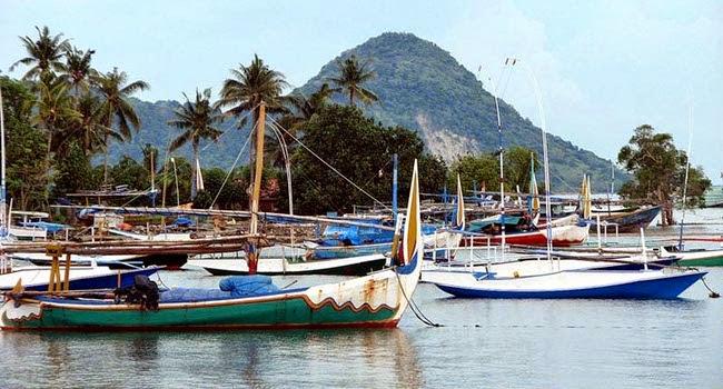 Intip Bahari Kepulauan Bawean yang Indah