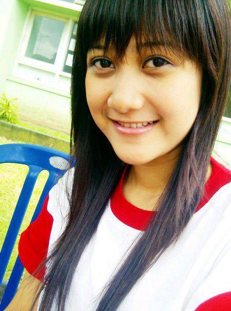 Vicka, Piala Bergilir Cewek SMA 17 Tahun