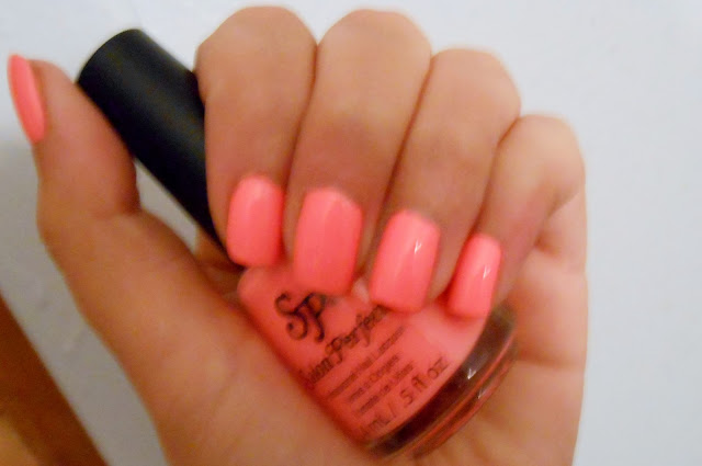 Nail Polish Neon Coral 