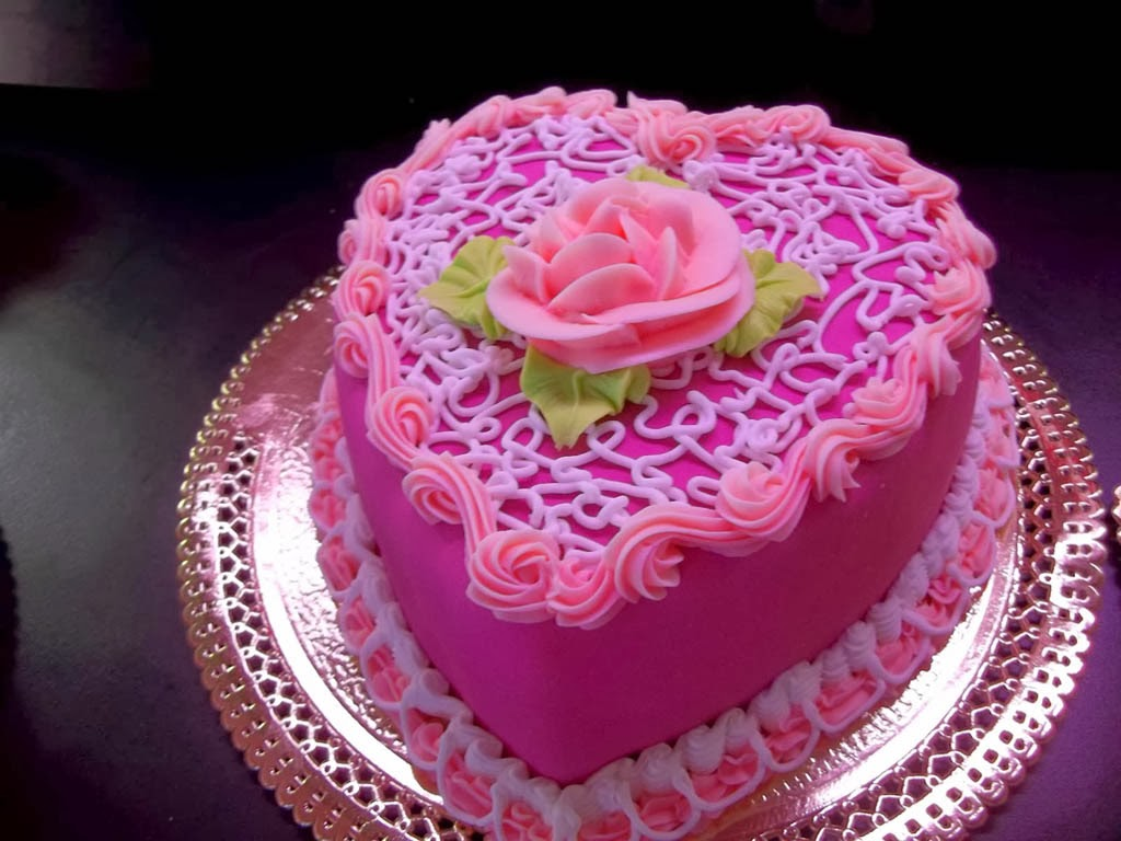Cake Images Heart : Heart Shape Pink Cake With Rose Wallpaper - HD Wallpaper ...