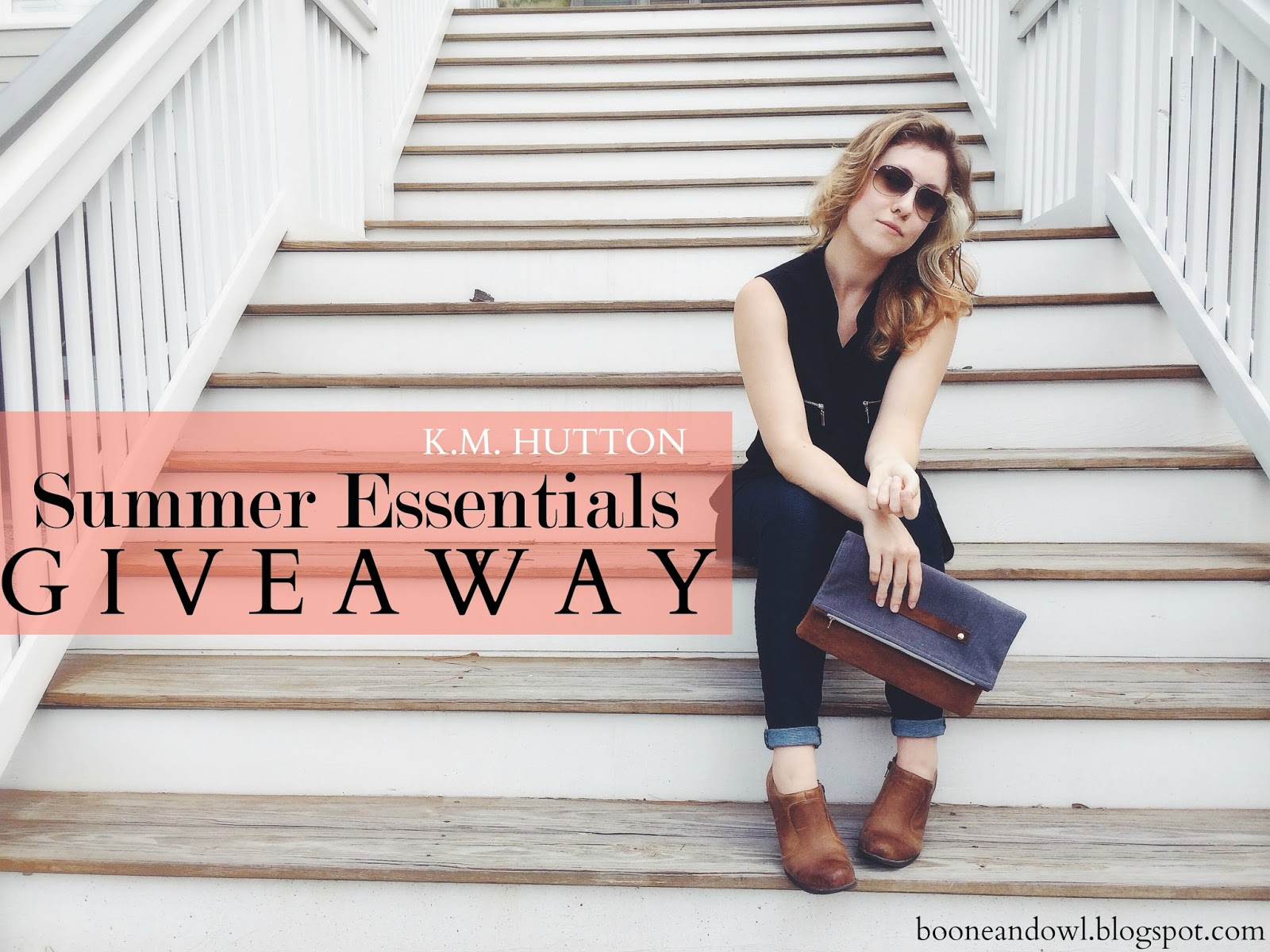 Summer Essentials giveaway, K.M. Hutton, summer giveaways, fold over clutches