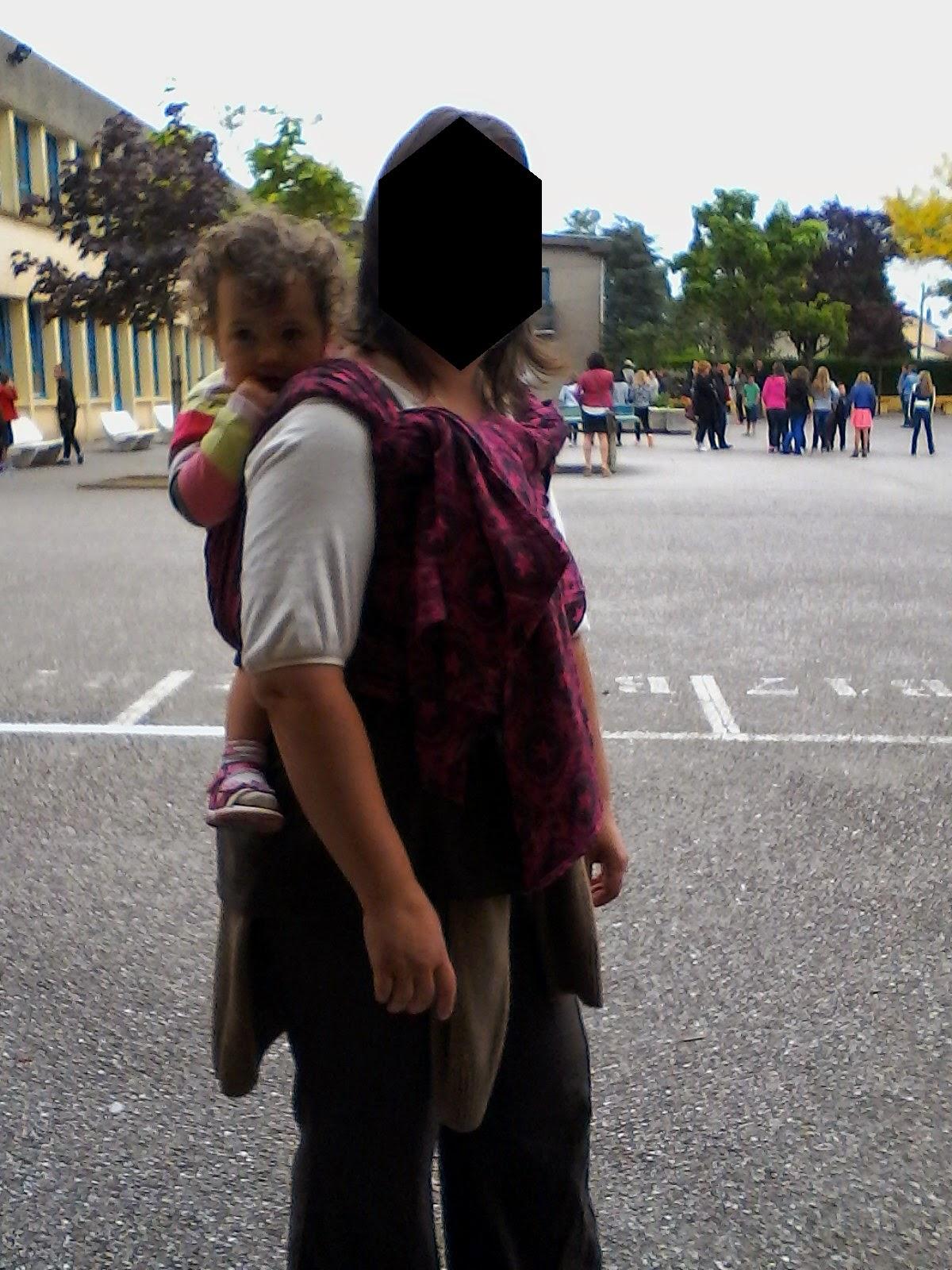 collège rentrée 6ème nouveau portage babywearing écharpe pollora naledi toddlerwearing
