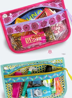 http://translate.googleusercontent.com/translate_c?depth=1&hl=es&rurl=translate.google.es&sl=ru&tl=es&u=http://www.sew4home.com/projects/storage-solutions/zippered-see-through-pouches-ribbon-accents-renaissance-ribbons&usg=ALkJrhggsy-hzeBBXZ3WjmRxsO2KvebqOQ