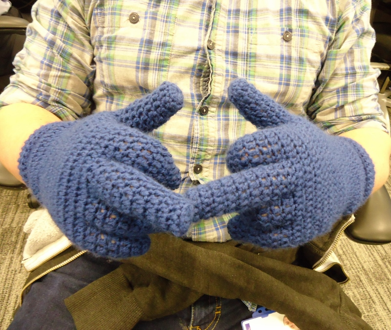 Dinki Dots Craft Crochet Gloves With Fingers
