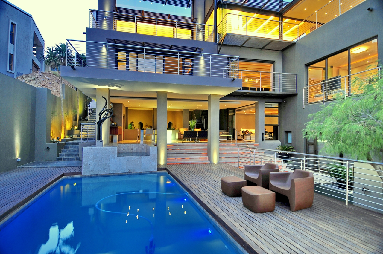 World of architecture mansion houses as castles of 21st for Best houses in south africa pictures
