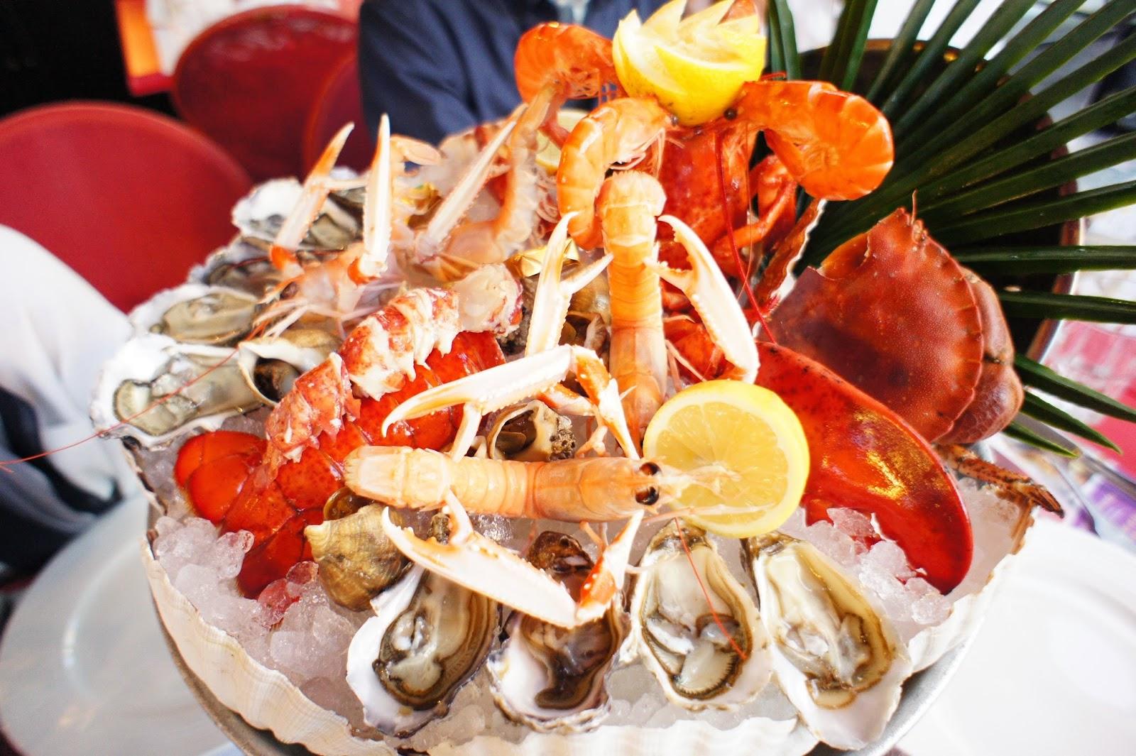 Amazing fresh seafood platter!