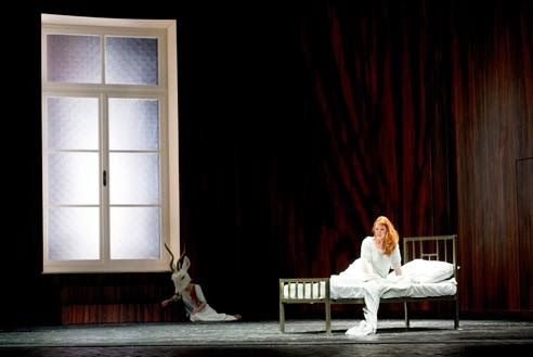 Emily Magee (the Empress). Picture credit Monika Rittershaus © Teatro alla Scala