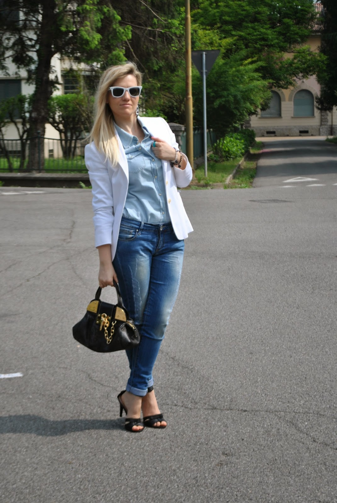 denim total look outfit camicia in denim outfit camicia jeans come abbinare la camicia in jeans come abbinare la camicia in denim abbinamenti camicia jeans abbinamenti camicia denim mariafelicia magno colorblock by felym mariafelicia magno fashion blogger milano blogger di moda italiane fashion blog italiani milano