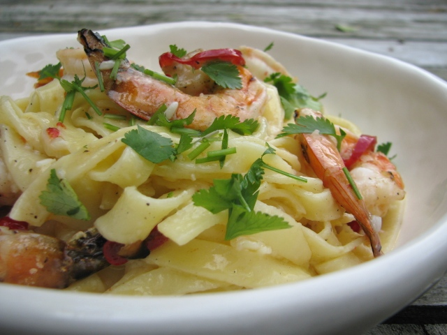 Recipe: Spicy grilled shrimp with fettucine