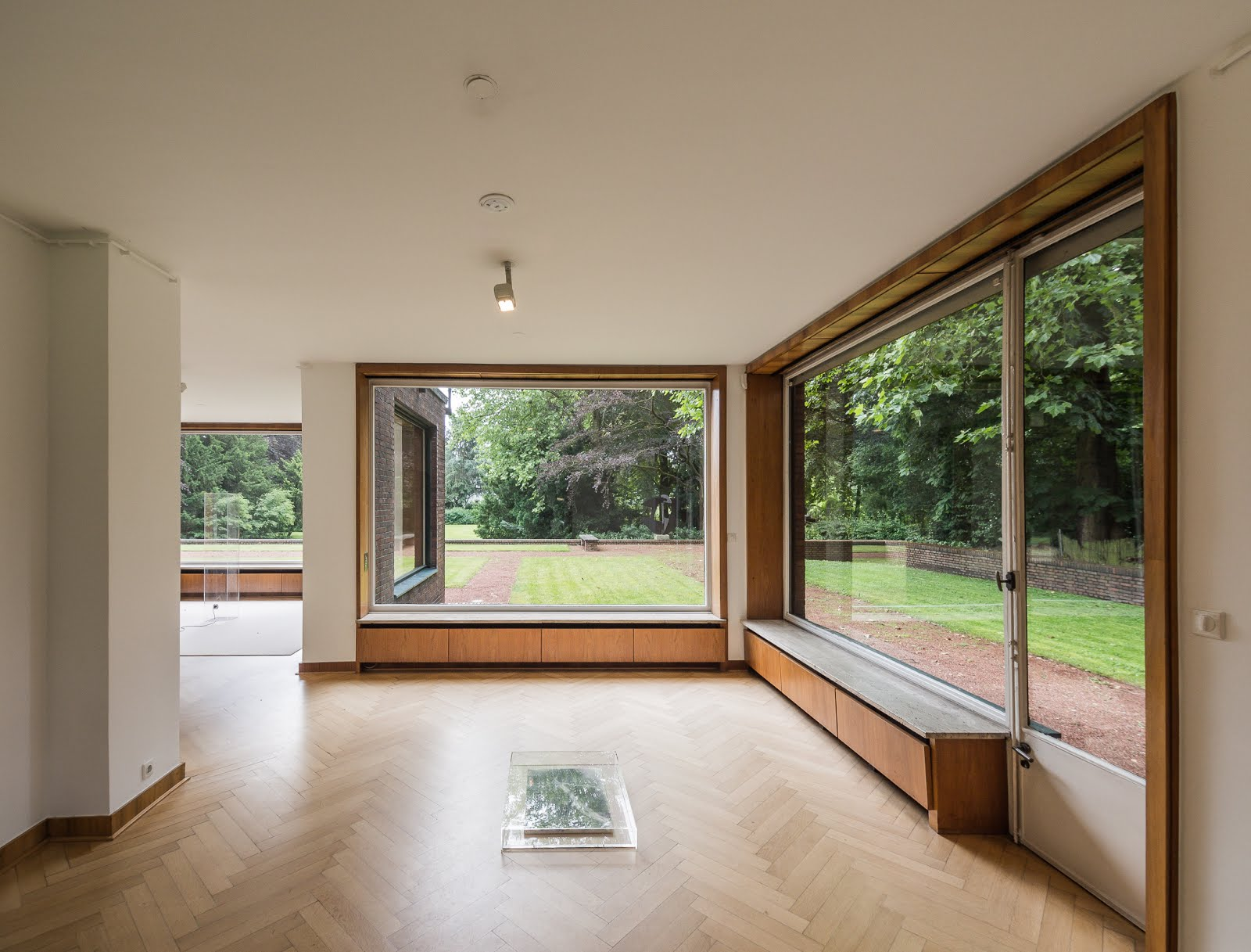 austin cubed: dancing with architecture: Mies van der Rohe\'s Lang ...
