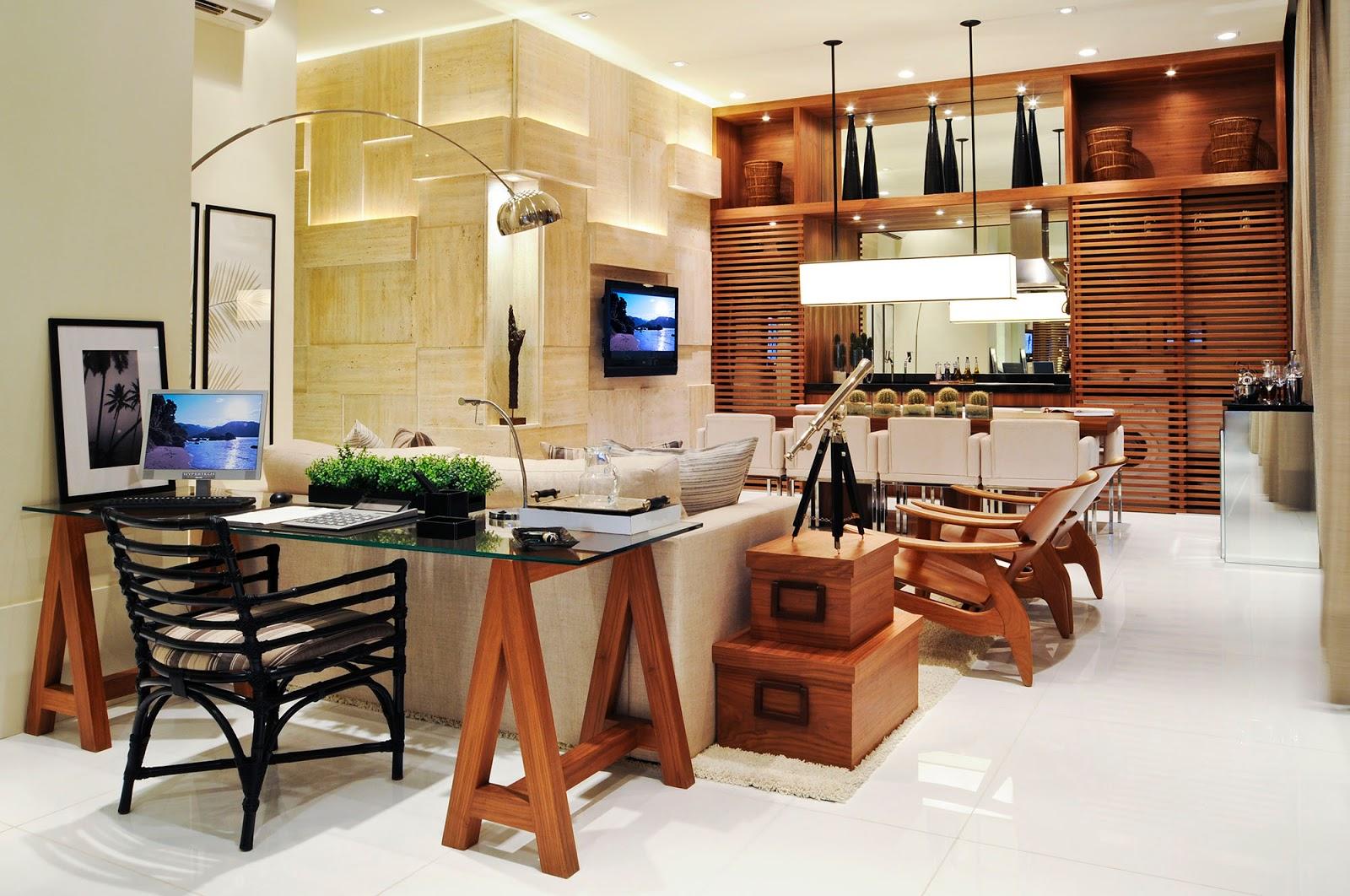 Mesa cavalete de madeira e tampo de vidro. Projeto: Debora Aguiar #A74C24 1600x1062
