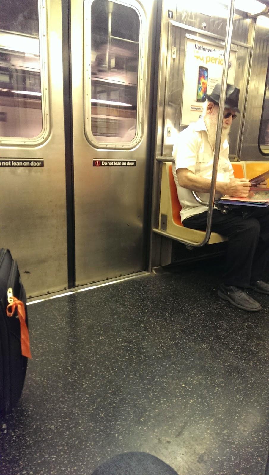 santa claus nyc subway