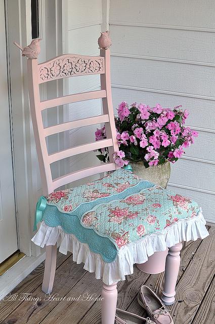 Sublime shabby chic vintage chair decorating ideas 2012 - Deco retro chic ...