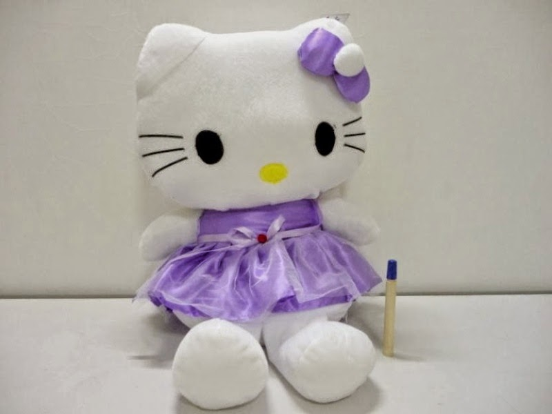 Gambar boneka hello kitty pakai dress ungu lucu dan cantik