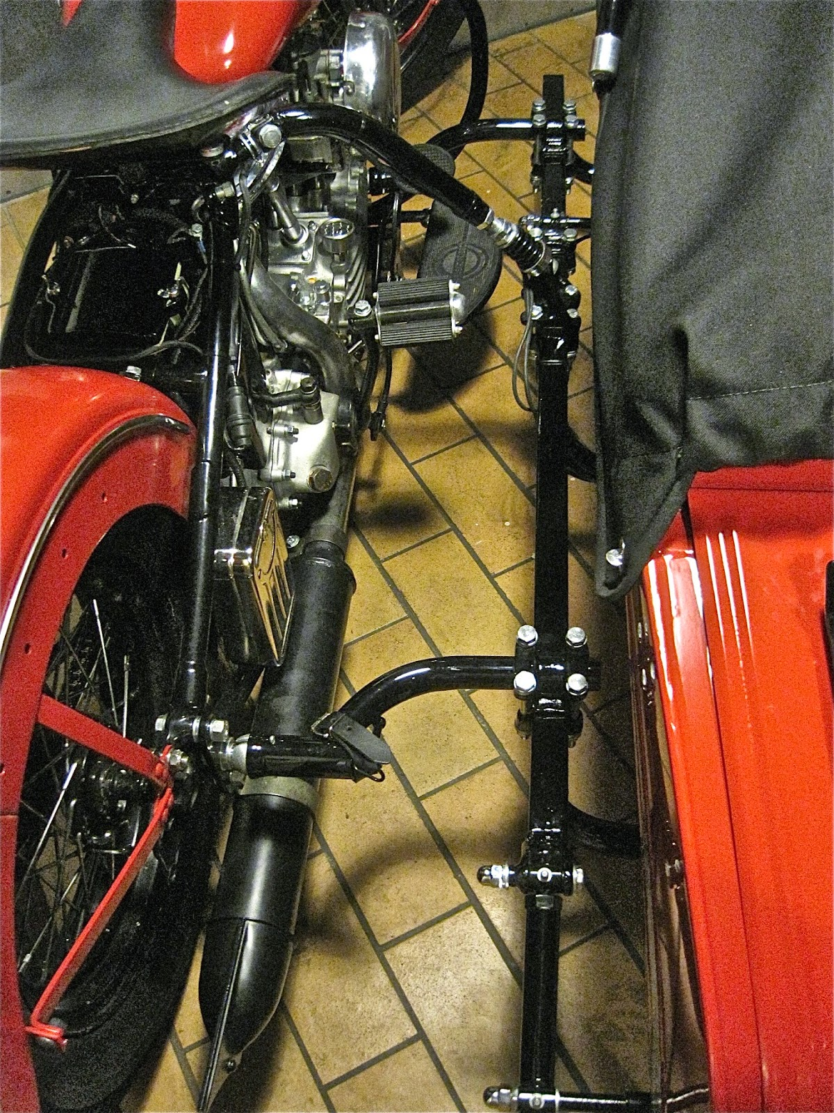 Stoye Custom Sidecars: Juni 2014