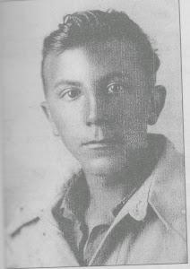 """IL BERSAGLIERE DEL """"MAMELI"""" BENAGLIO SERGIO NATO A LOVERE IL 4/2/1928 UCCISO A CUCCO IL 23/9/1944"""