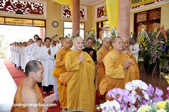 Lễ viếng Giác Linh Cố Hoà Thượng Thích Giác Dũng - letang-09