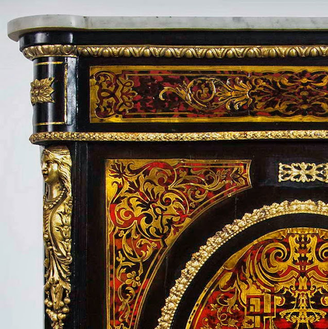 Маркетри Буль (англ. - Boulle marquetry, фр. -Marqueterie Boulle, нем. - Boulle marketerie)