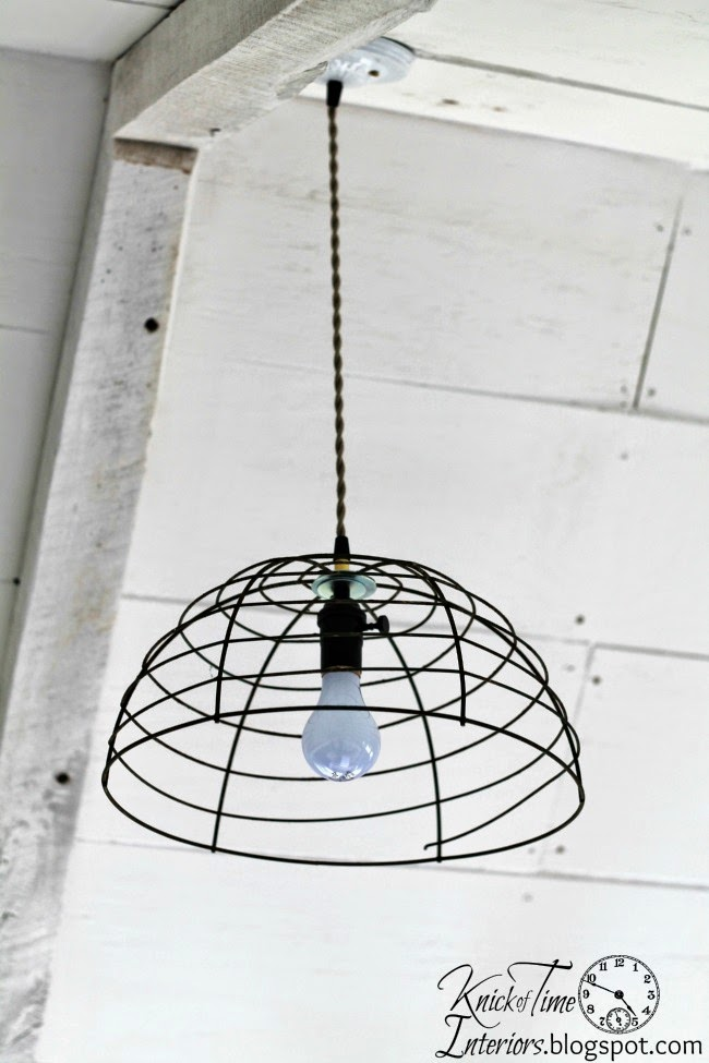 Industrial hanging lights lighting via Knick of Time @ http://knickoftimeinteriors.blogspot.com/