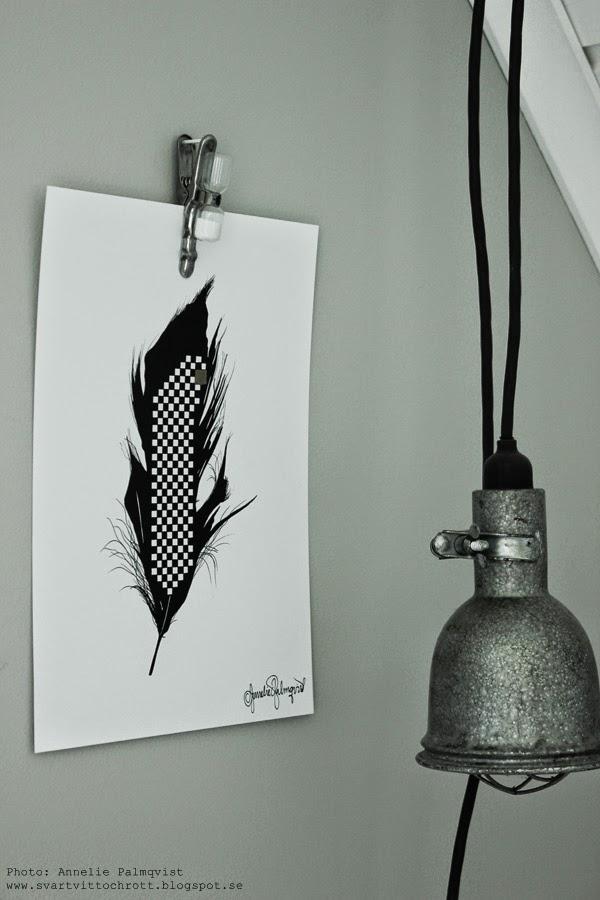 ny artprint, artprints, tavla, tavlor, prints, konsttryck, konsttrycket, timglas, artilleriet, klämma med timglas för tre minuter, cool, fjäder, tavla med svart och vit fjäder, guld, ruta, schackrutigt, schackrutig, schackrutiga