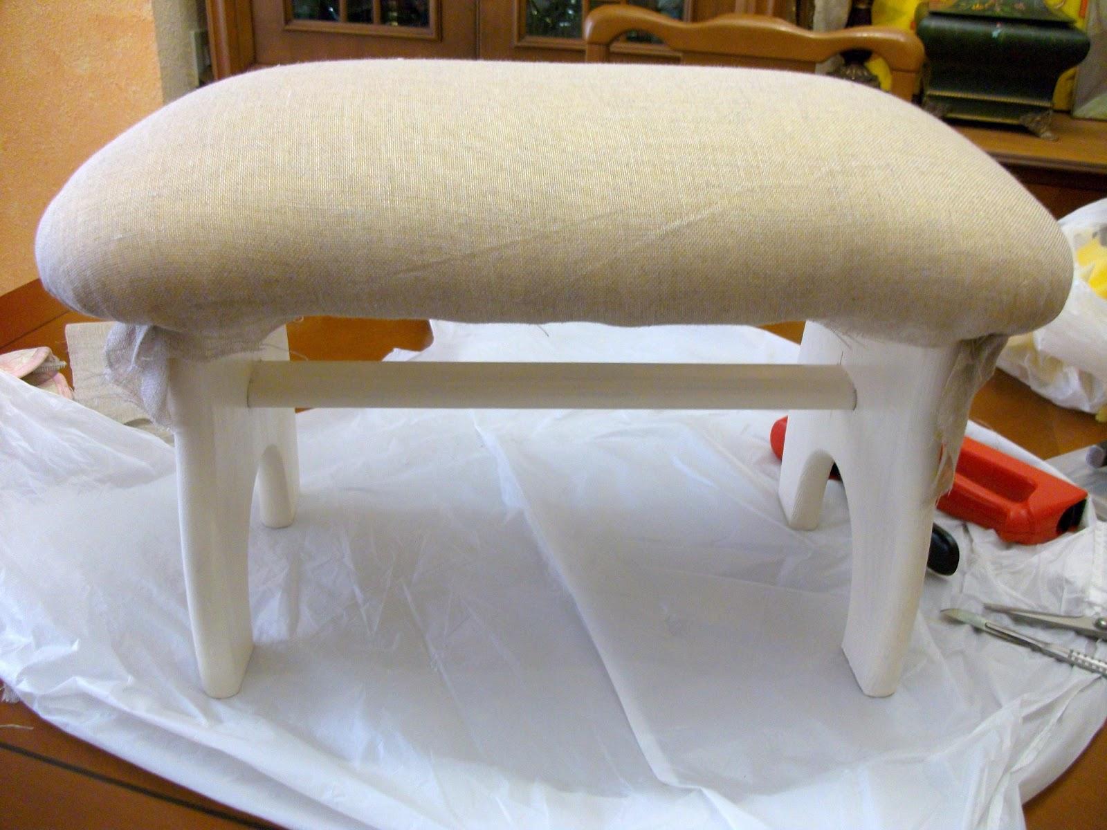 El blog de la restauradora reciclado y tapizado de una - Como tapizar una banqueta ...