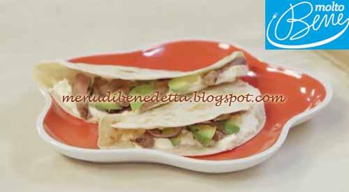 Piadina con carne alla paprika e avocado ricetta Parodi per Molto Bene su Real Time