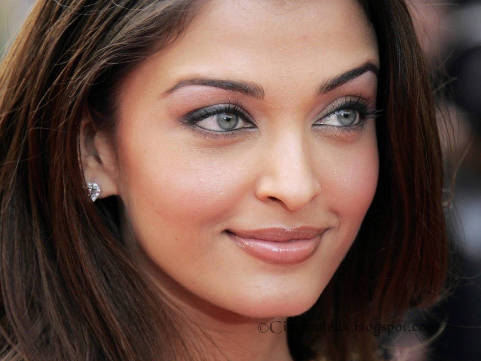 aishwarya rai beautiful in black wallpapers - 50 Beautiful Aishwarya Rai Wallpapers and Pics