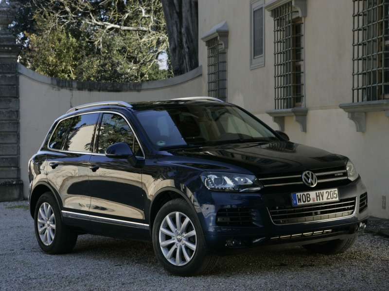 volkwagen touareg hybrid 2012 car and car. Black Bedroom Furniture Sets. Home Design Ideas