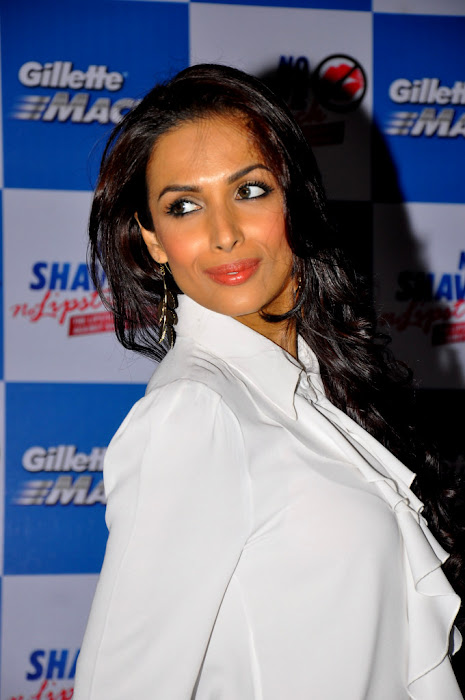 malaika arora at no shave no lipstick launch glamour  images