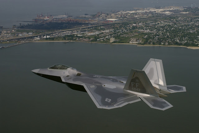 f-22 city flight