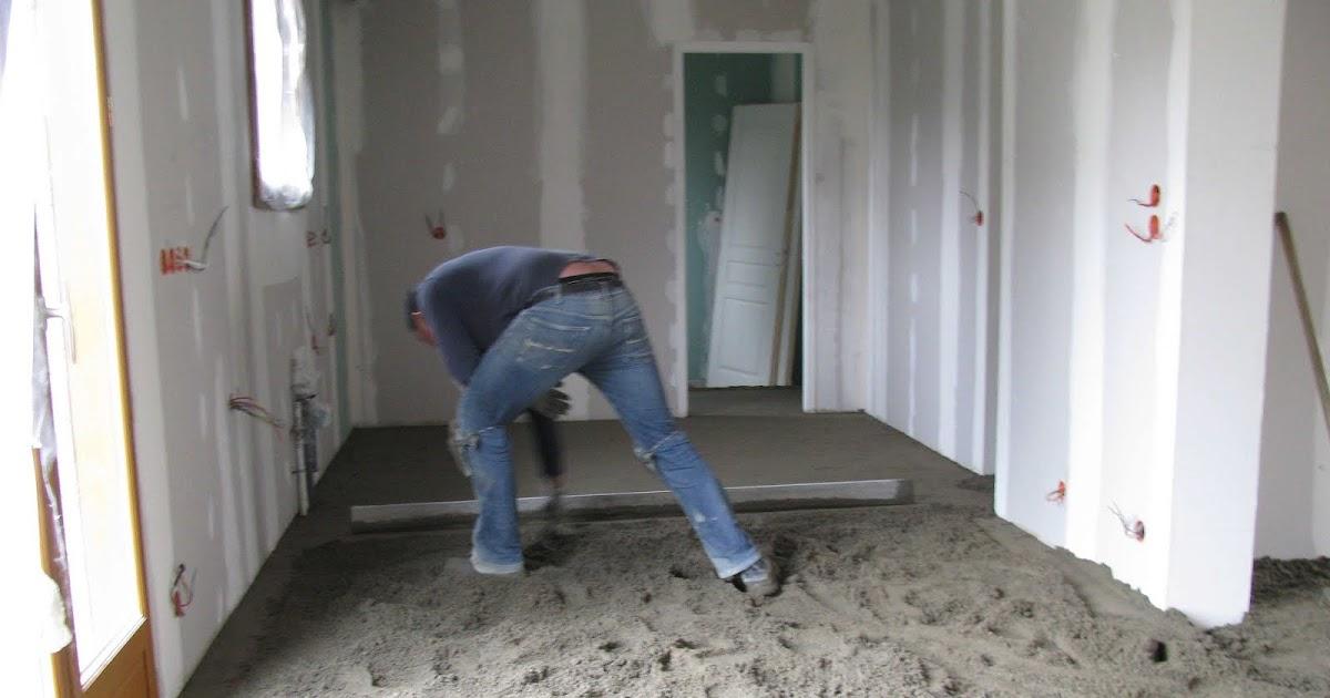 je fais construire ma maison chape et carrelage 4 13. Black Bedroom Furniture Sets. Home Design Ideas
