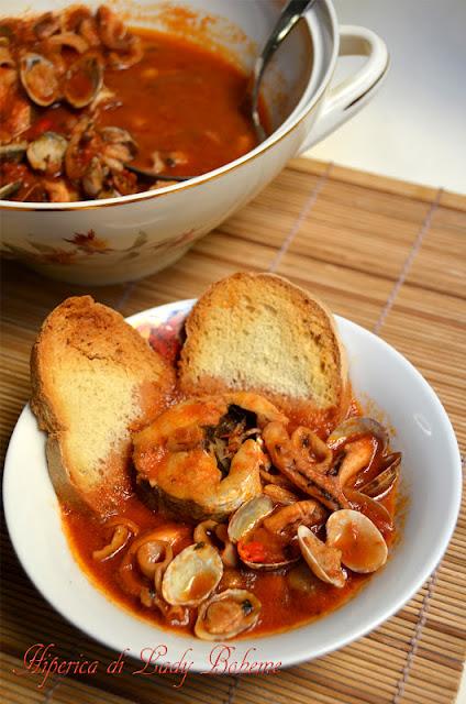 hiperica_lady_boheme_blog_di_cucina_ricette_gustose_facili_veloci_zuppa_di_pesce_senza_lische
