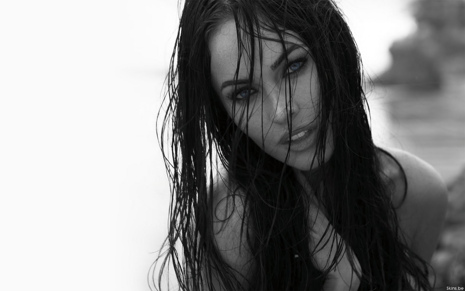 Megan Fox Wallpapers Meagan With Wet Hair Blue Eyes