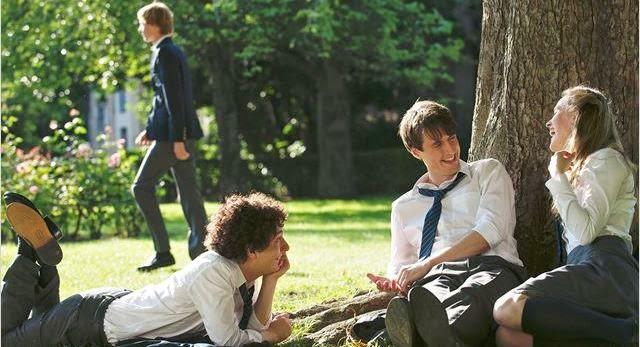 Guillaume y los chicos a la mesa, 3