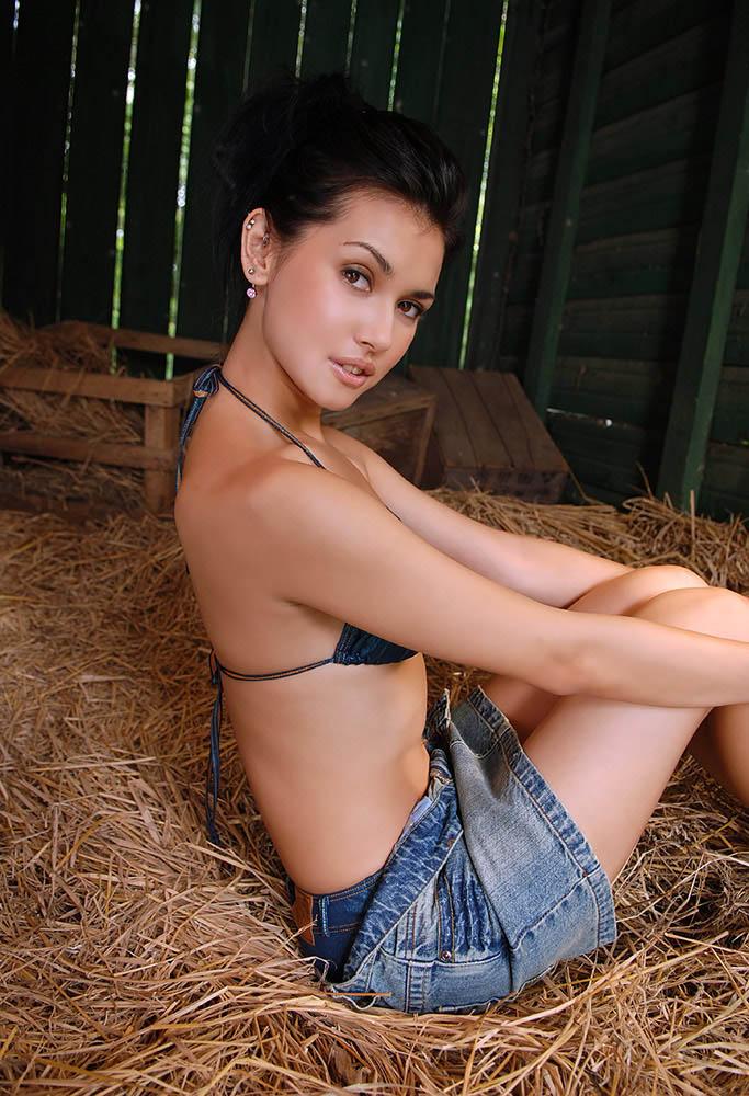 maria ozawa sexy bikini photos 2