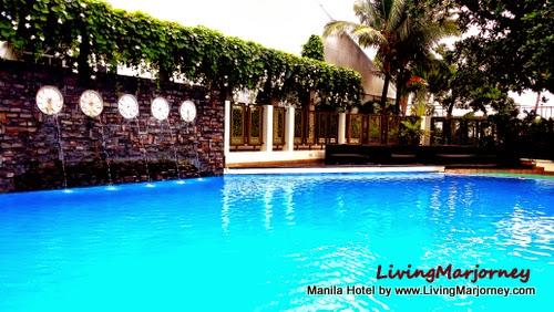 Manila Hotel Swimming Pool