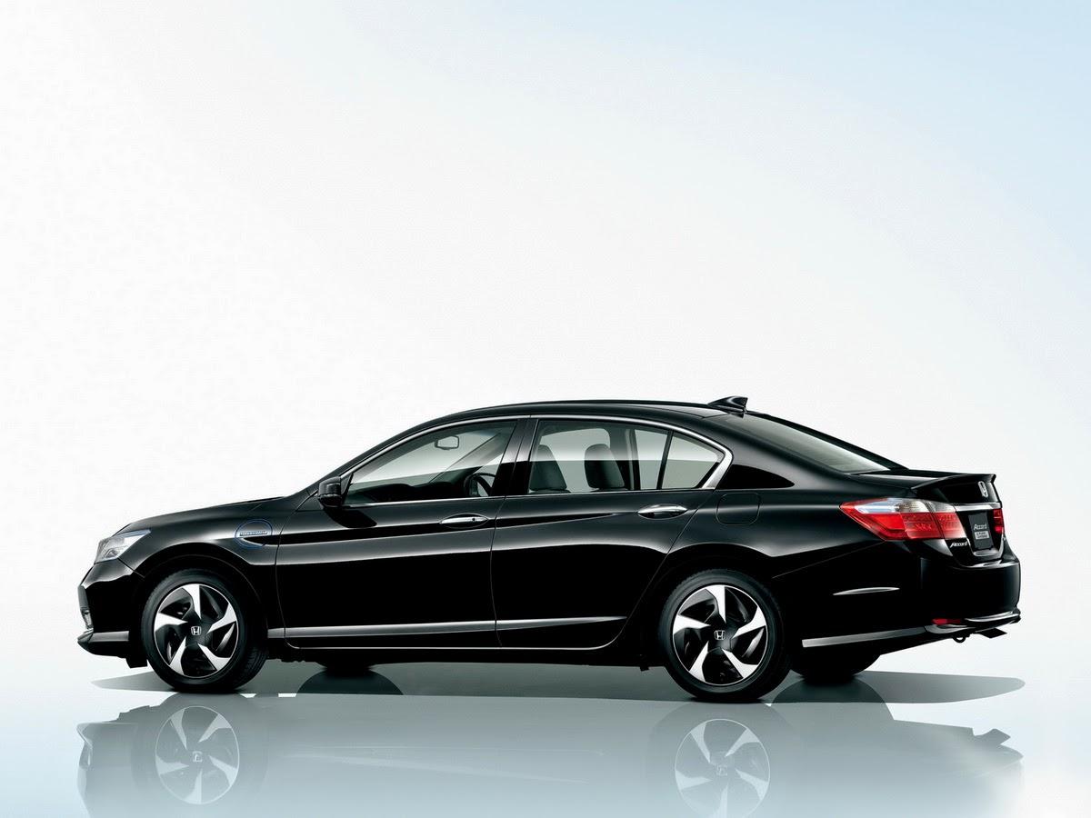Honda Accord Hybrid 2014 (The Green Car)