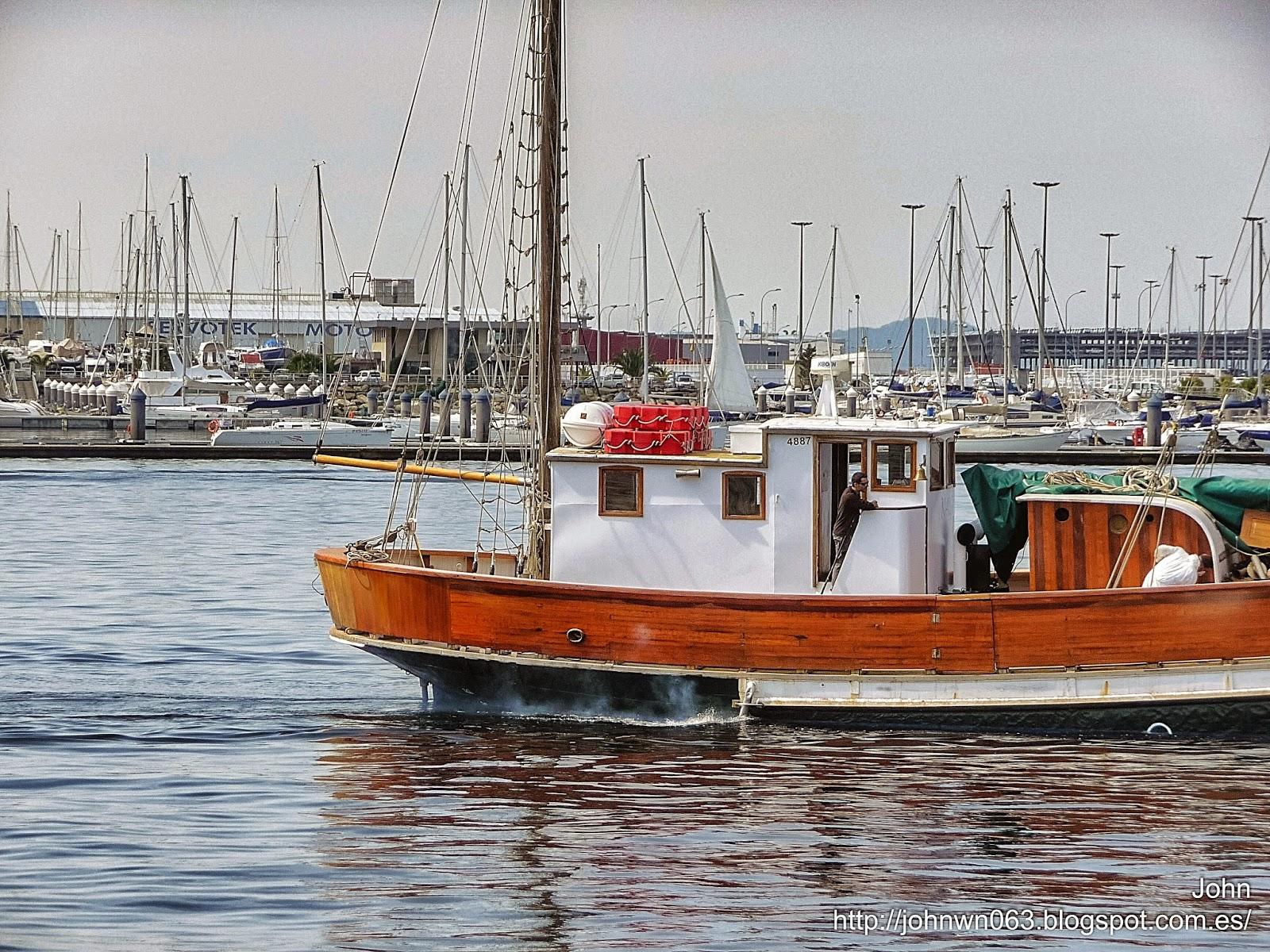 fotos de barcos, imagenes de barcos, nauja, merak, náutica, goleta, vigo