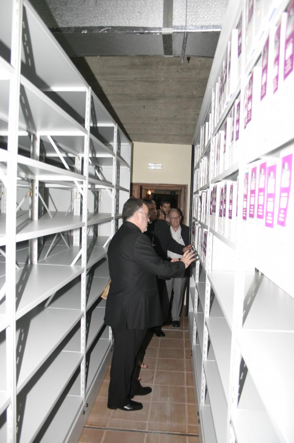 El Ayuntamiento de Arona y el Archivo Histórico Diocesano firman un convenio