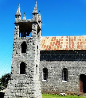 Igreja de Pedra é a Matriz do Distrito de Criúva.