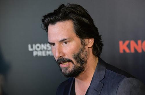 Keanu Reeves, Narrator of Deep Web, Starts Filming Replica