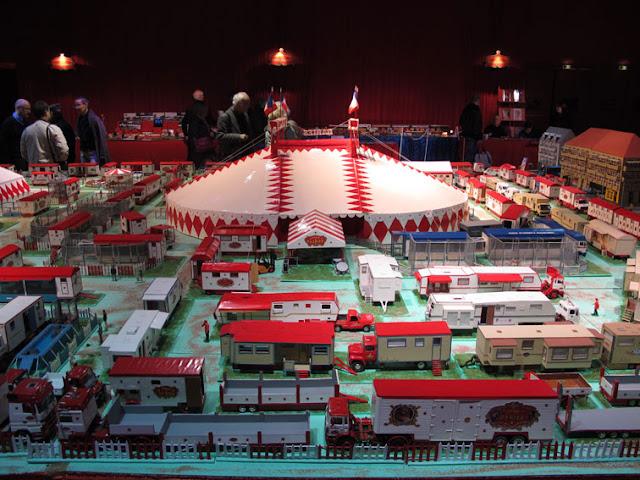 Bourse du cirque au Cirque d'hiver Bouglione
