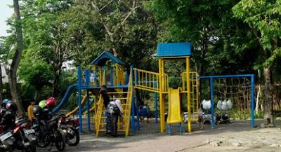 sarana bermain anak di kebun bibit surabaya